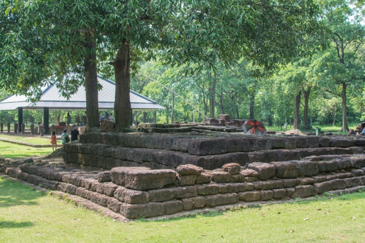 Si Mahosot Archaeological Site-prachinburi-traveloka