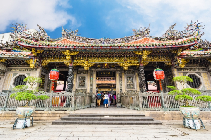 Lungshan Temple01
